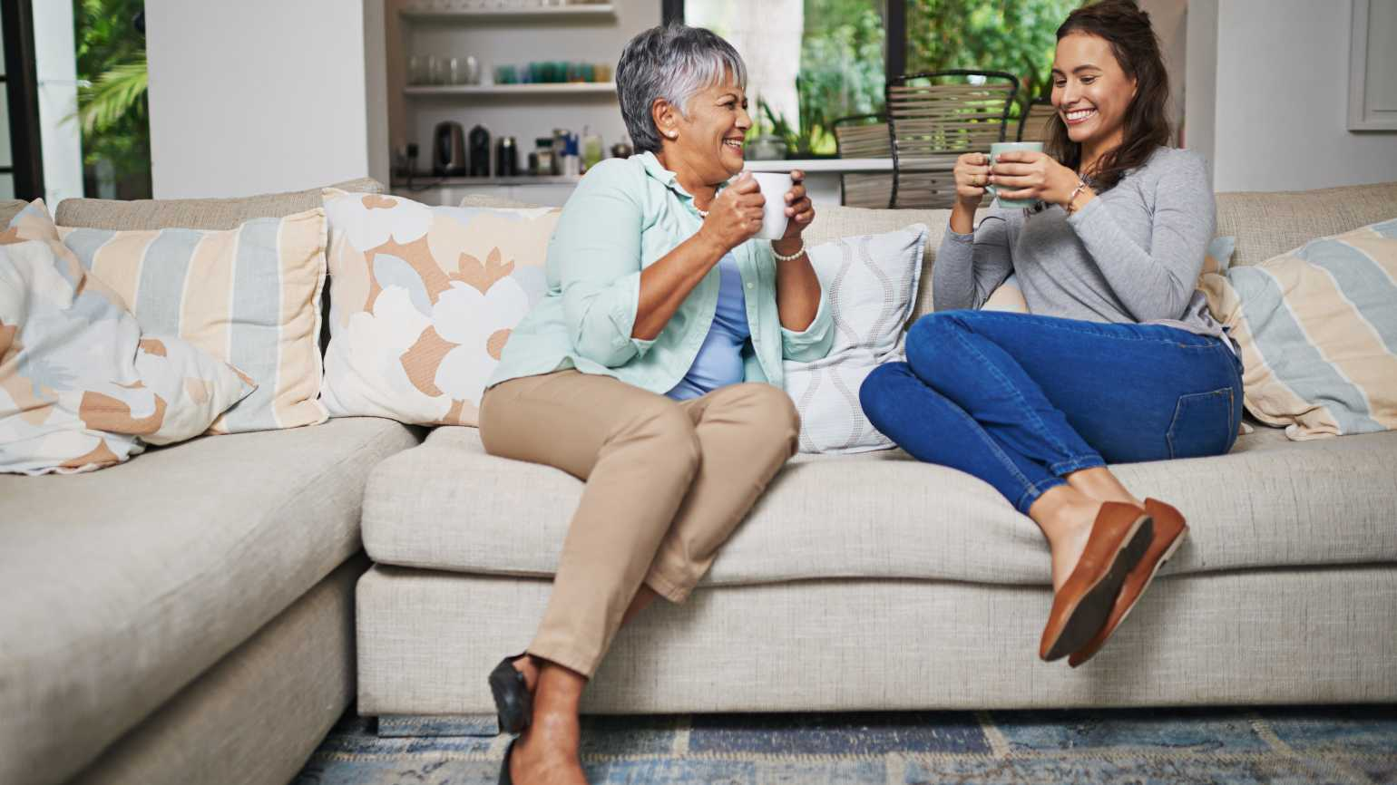 4 Ways to Talk to Aging Parents About Hearing Loss