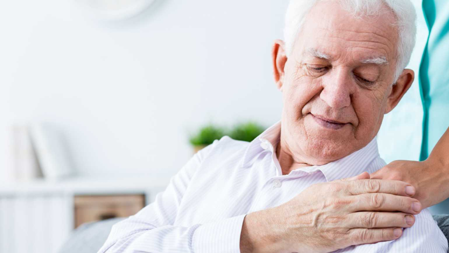 Six Signs Someone with Alzheimer's Might Wander: These Triggers Could Put Individuals At Risk