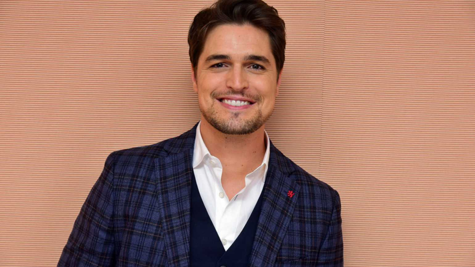 Diogo Morgado stars in Love Finds You In Valentine