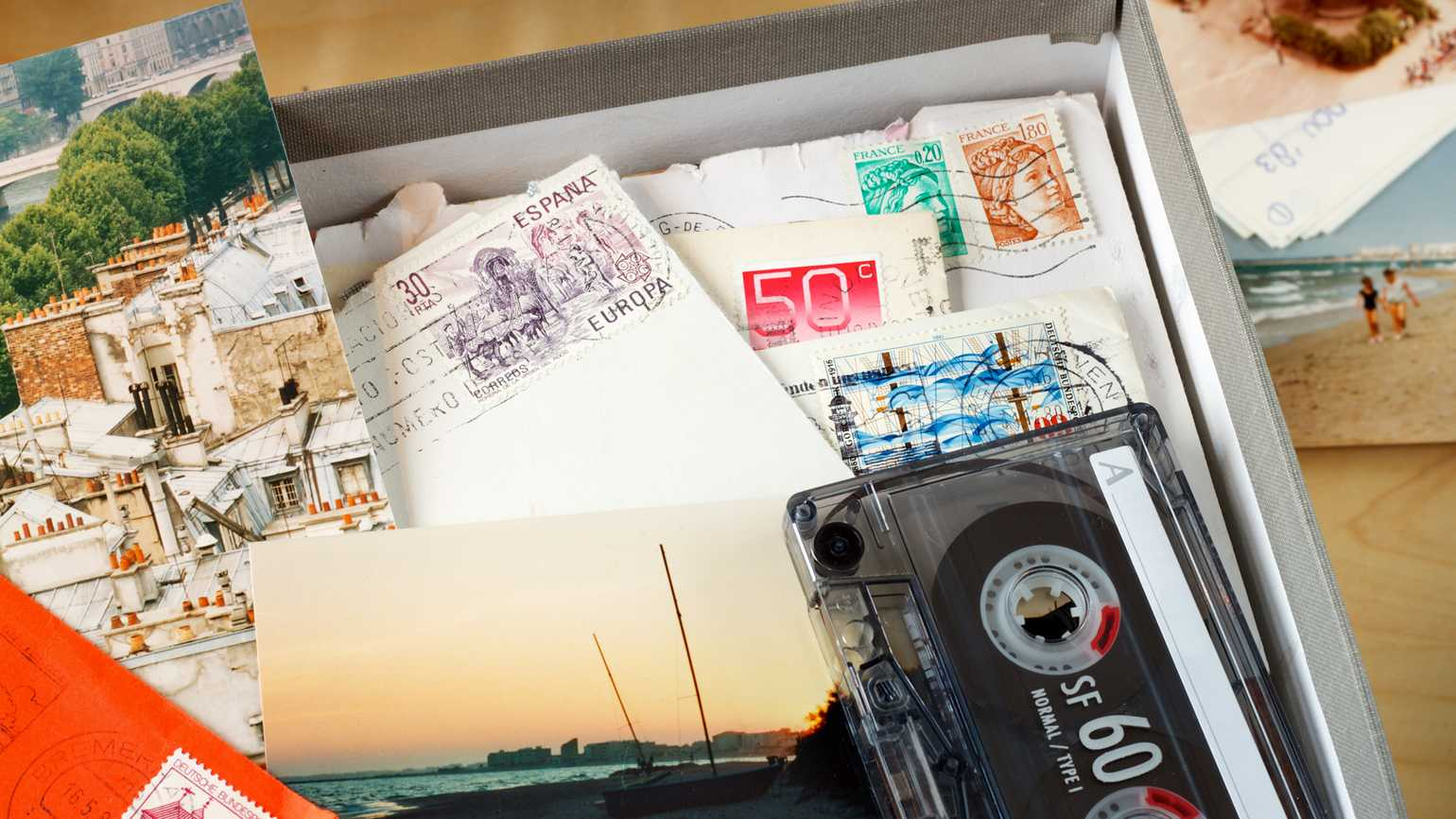 How a Memory Box Can Help People with Alzheimer's