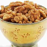 Snack recipes: Spicy Maple Walnuts