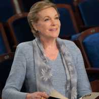 "Julie Andrews in ""Julies Greenroom"""