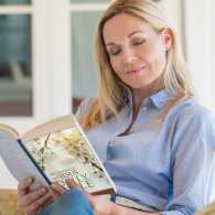 A woman finds hope and inspiration in her Mornings with Jesus Daily Bible
