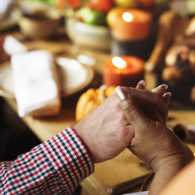 Guideposts Celebrates Thanksgiving Day of Prayer on Monday, November 25