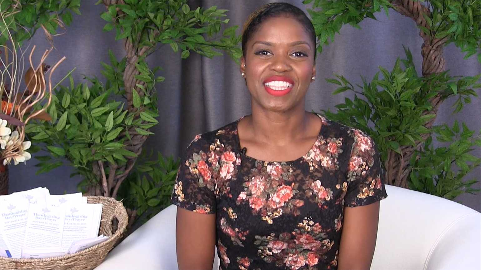 Ty'Ann Brown invites you to take part in Guideposts' Thanksgiving Day of Prayer