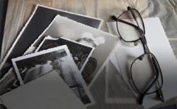 Memories and photos. Thinkstock.