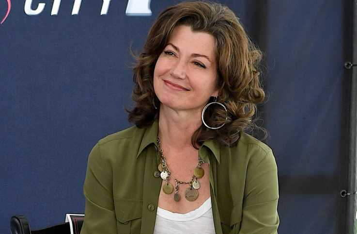 Amy Grant smiling