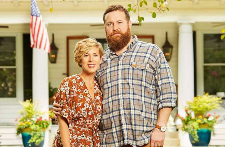 Erin and Ben Napier, hosts of HGTV's Home Town