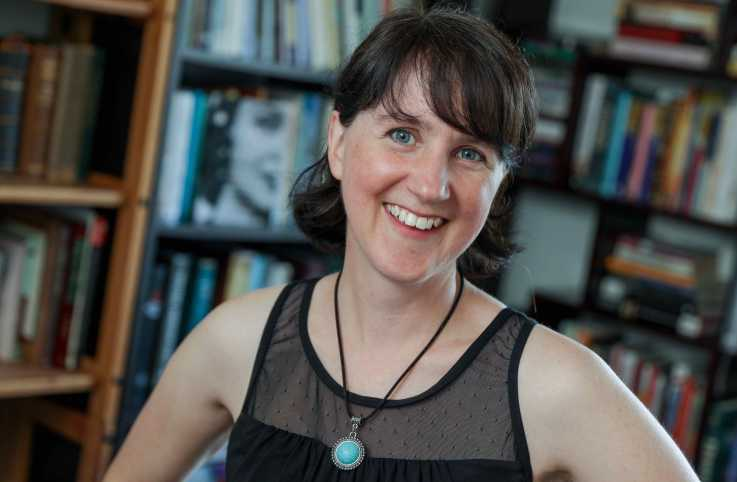 Author Sarah Arthur