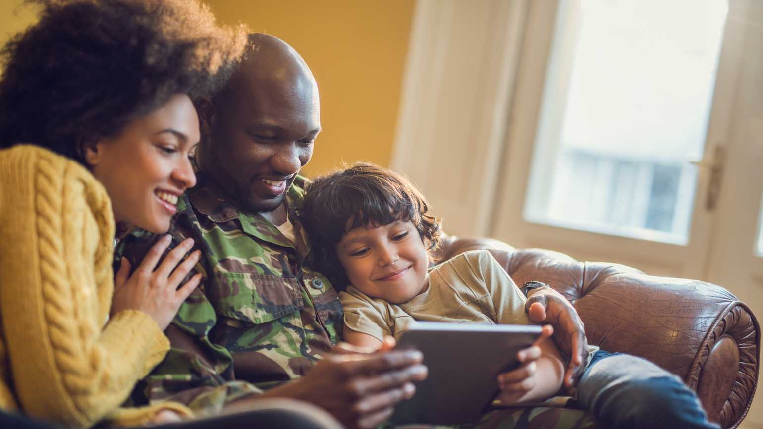 10 New Year's resolutions for a military family