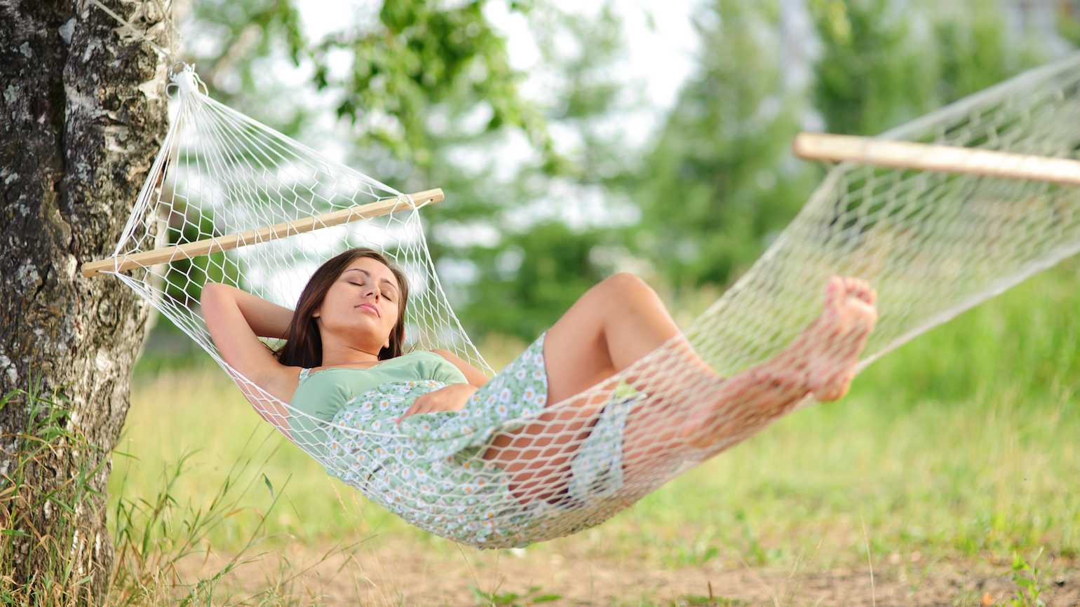 5 Bible verses that encourage rest.