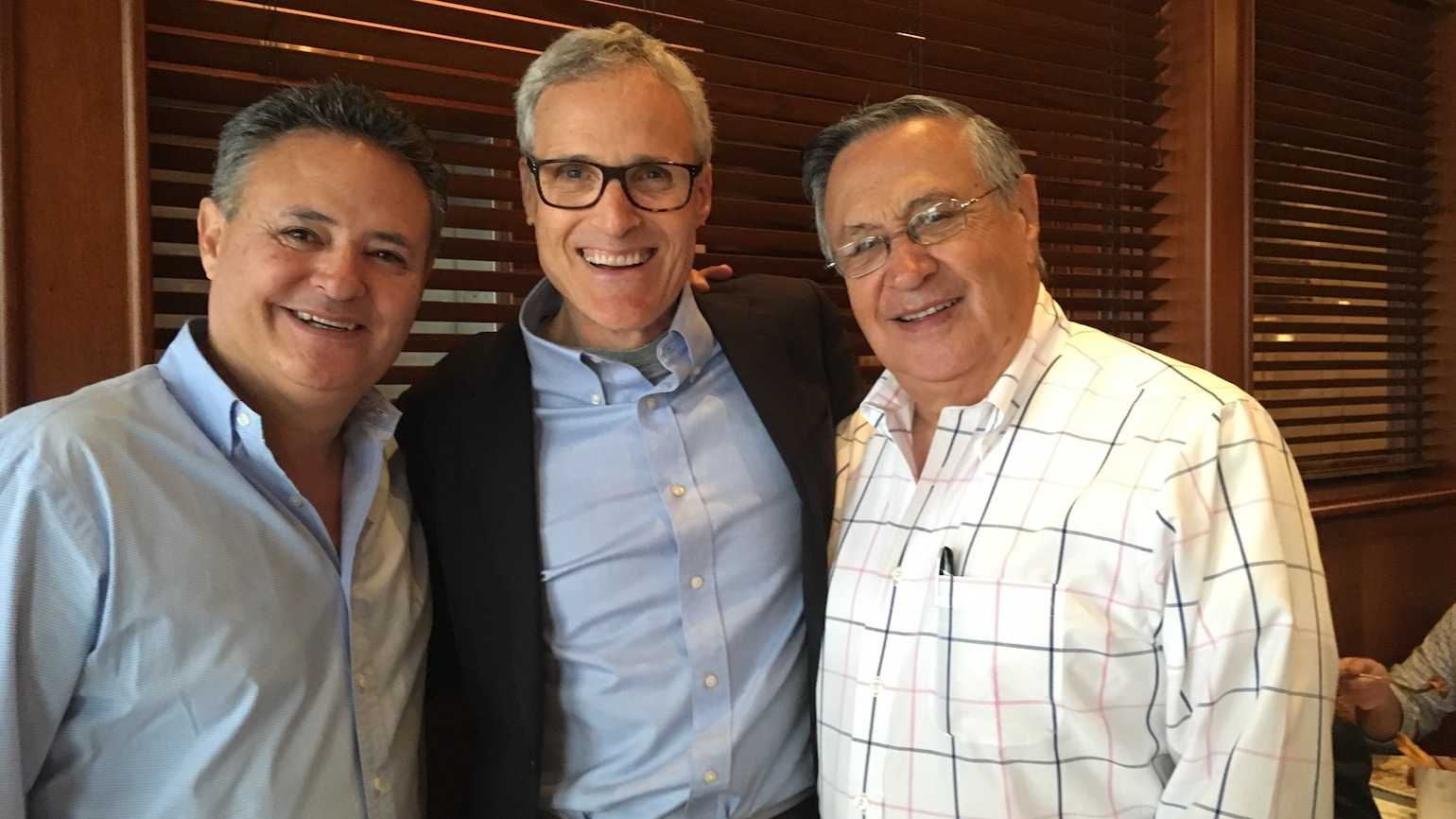 Left to right, Jorge Jarrin, Rick Hamlin, Jaime Jarrin