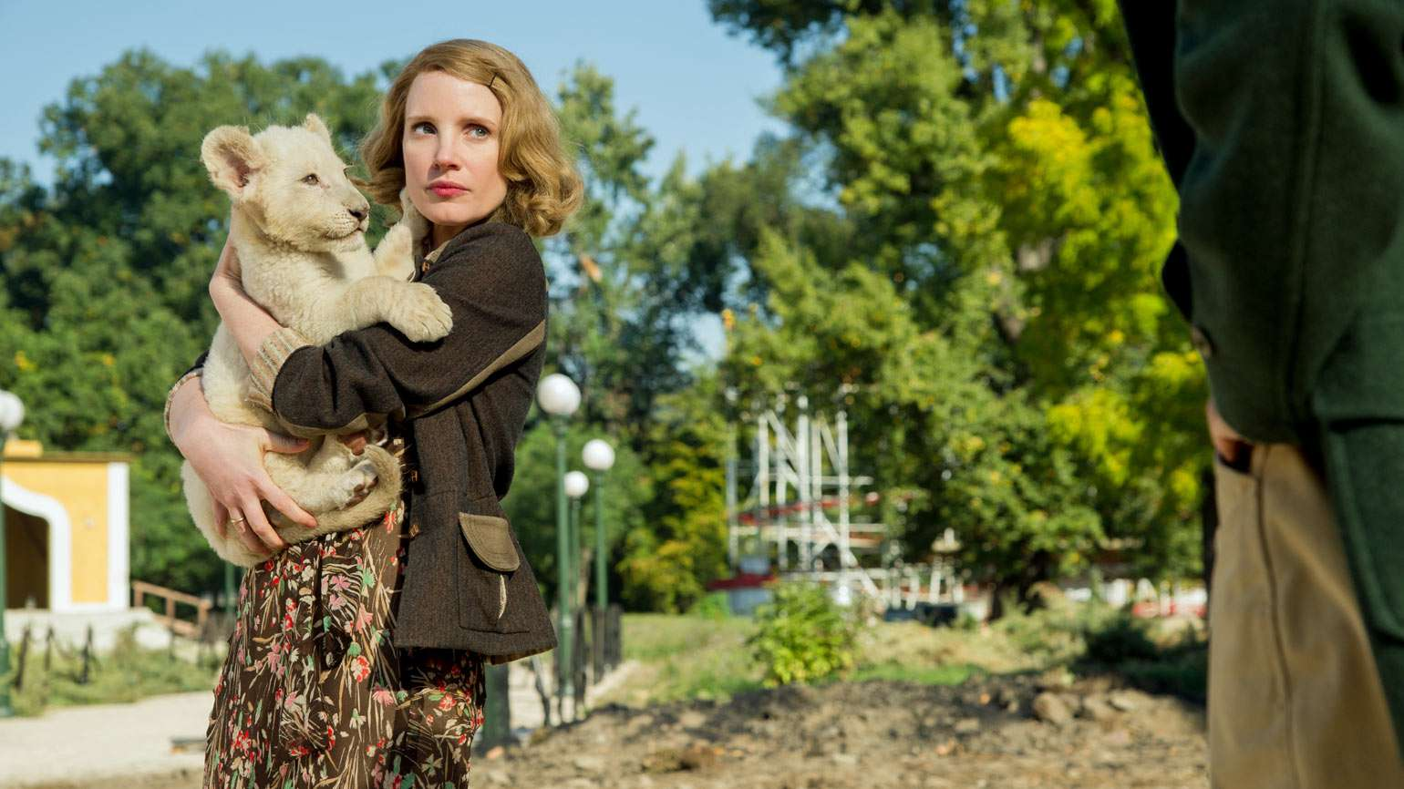 """Jessica Chastain in """"The Zookeeper's Wife"""""""