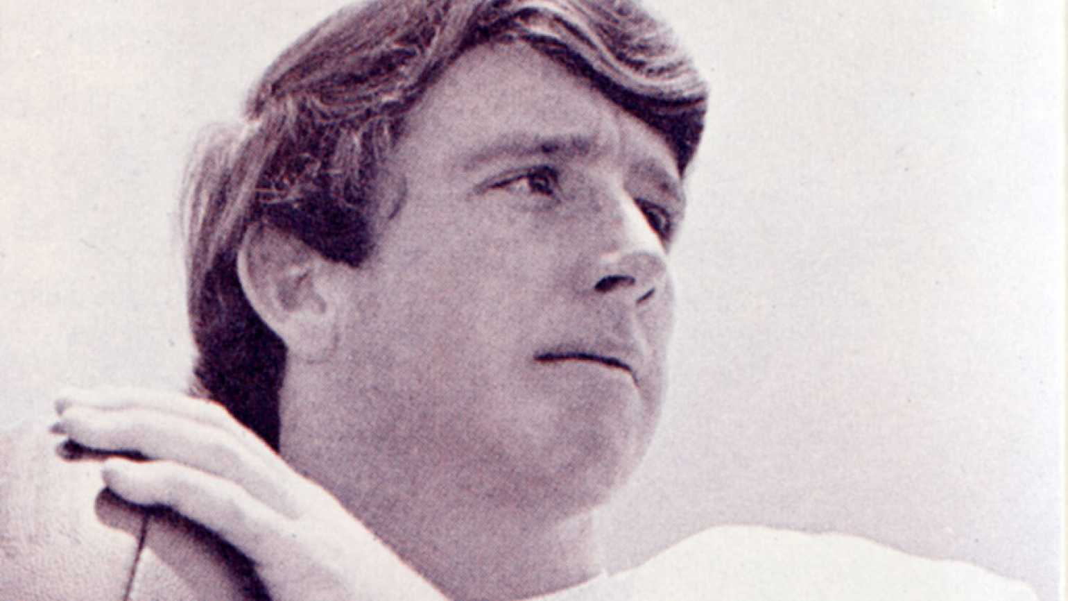 Guideposts: Quarterback Archie Manning, early in his football career