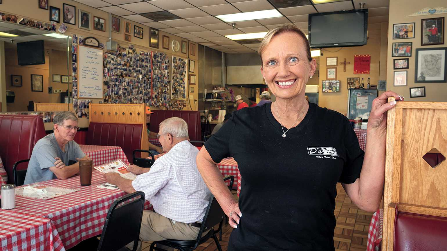 Dana Smith, proprietor of D's Friendly Diner