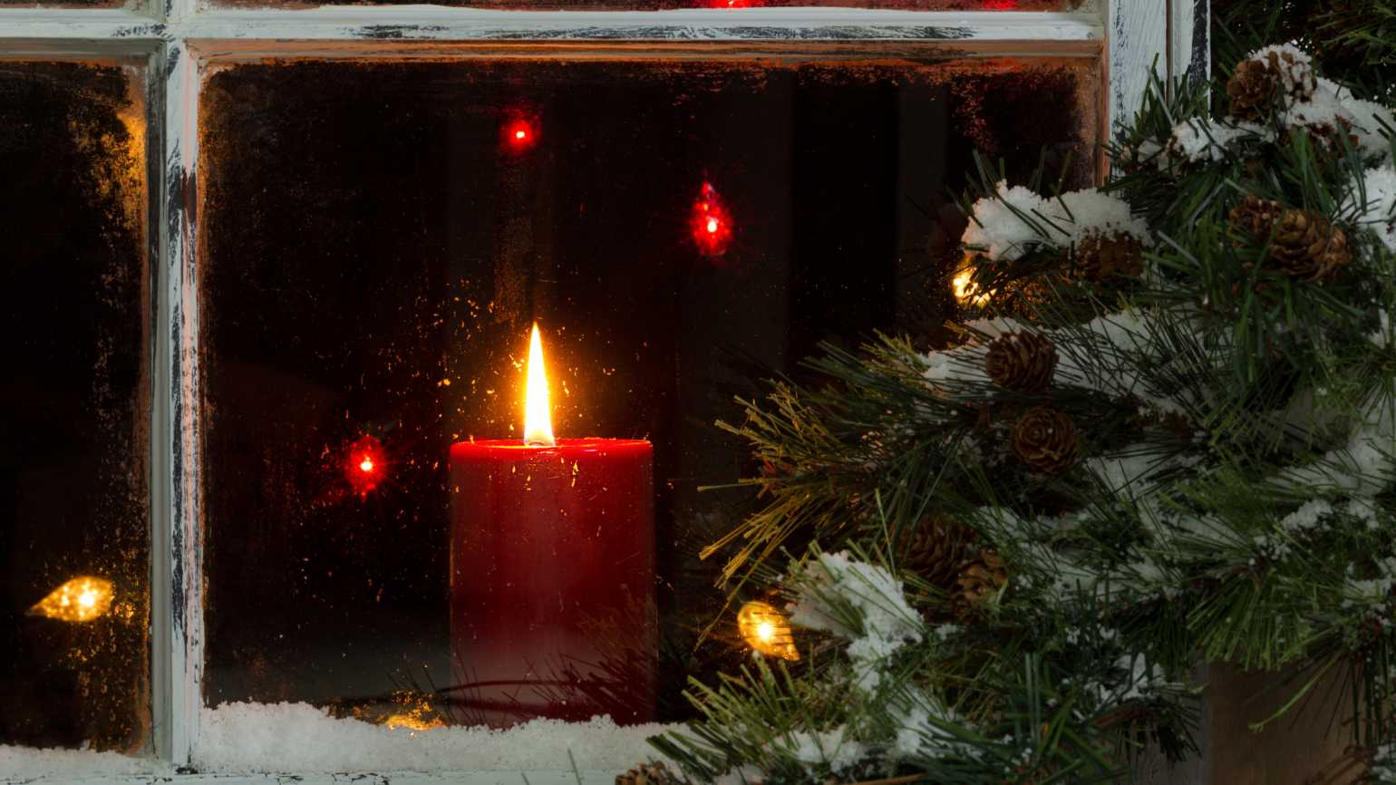 4 Tips to Brighten the Light of Christmas