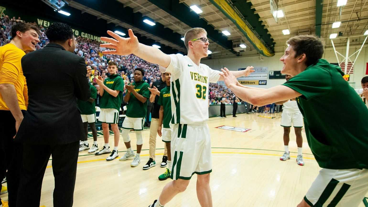 The Inspiring Moment Josh Speidel Scored in a College Basketball Game
