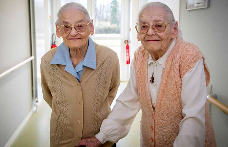 The world's oldest twins, Simone Thiot and Paulette Olivier