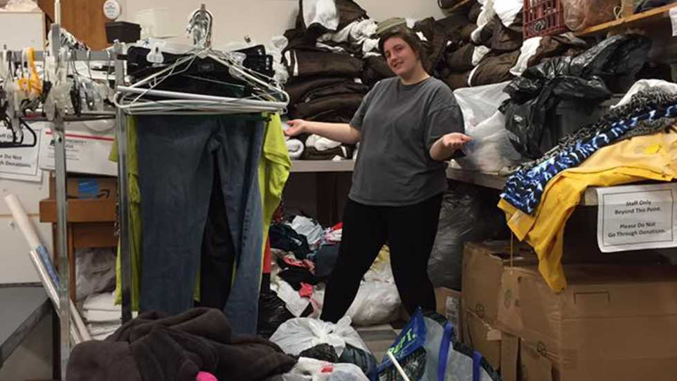 Lindsey chips in to help witha clothing drivein North Carolina.