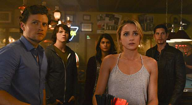 The cast of The Messengers - The CW