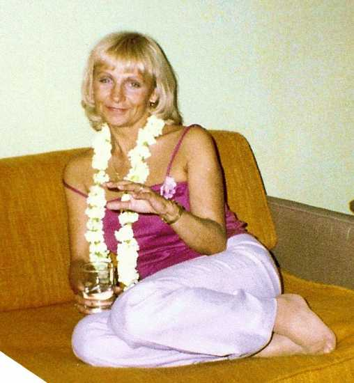 Arlene at the Outrigger Hotel in 1987