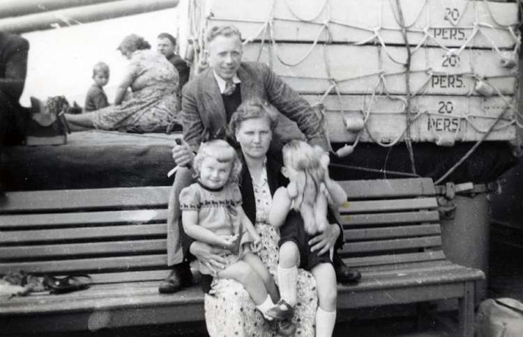 Guideposts: Henk Metselaar with his family, in the 1950s