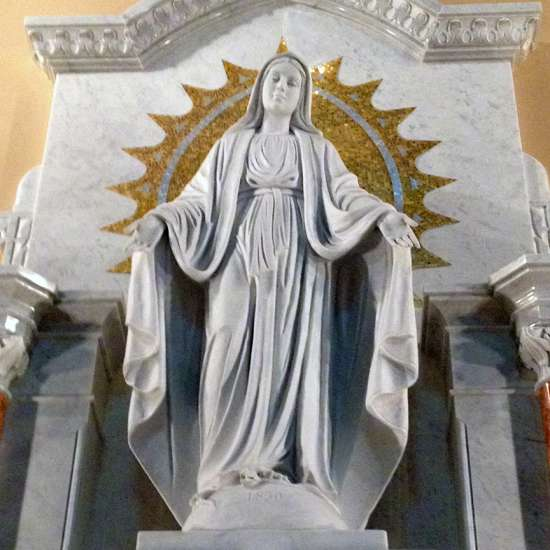 Guideposts: Statue of the Virgin Mary