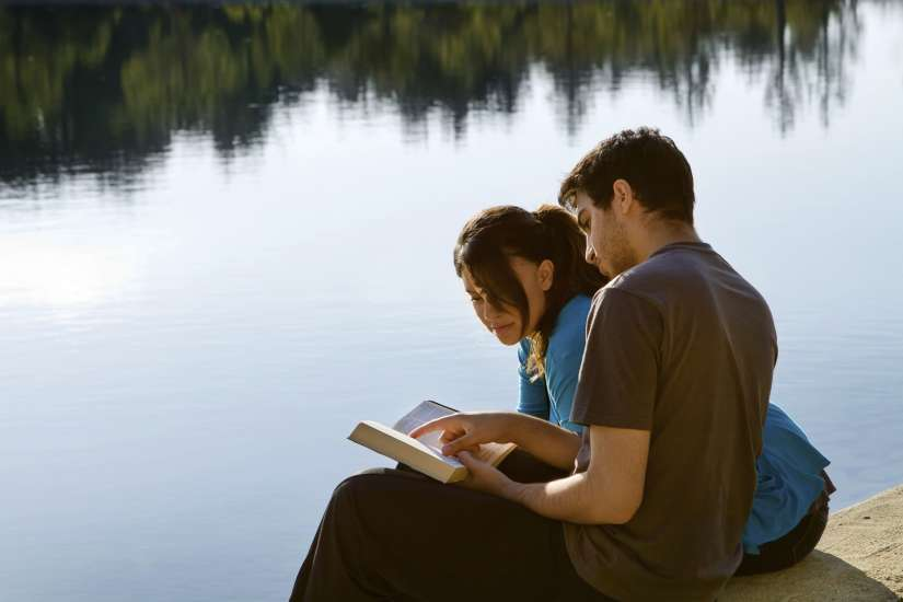 Pray together. Tips for husbands and wives.