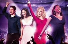 Dolly Parton with her fellow stars in the movie Joyful Noise