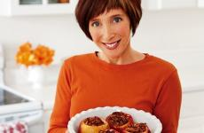 Rebecca Katz holds a dessert recipe: baked apples